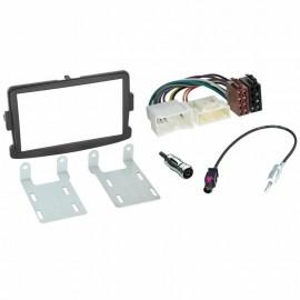 Kit montaggio autoradio stereo  mascherina 2 DIN RENAULT Dacia duster sandero ne